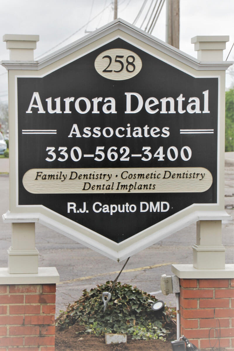 Contact Aurora Dental Near Hudson