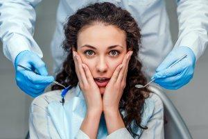 girl nervous at dentist
